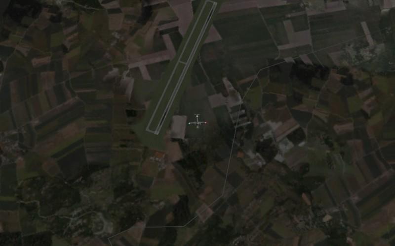 Míjíme letiště u Brna