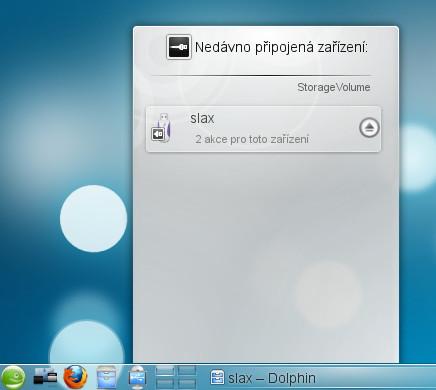 Práce s výměnnými zařízení (USB, CD, ...) v KDE 4 (v panelu 5. ikonka zleva)