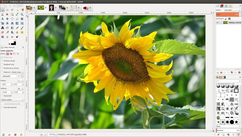 GIMP 2.8 v jednom okně