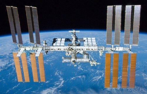 Mezinárodní kosmická stanice ISS (wikimedia.org)
