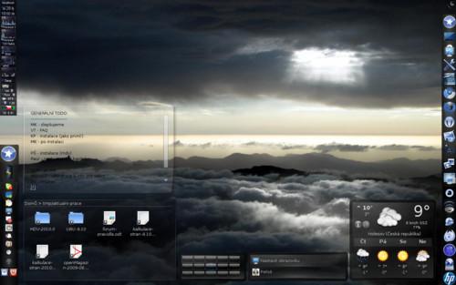 Uživatelem vyladěné KDE 4.3.2 -- upozorňuji, že toto není vzhled ihned po instalaci, ale s jistými uživatelskými úpravami (copyl