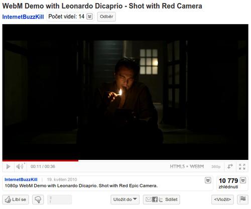 YouTube přehrávač ukazuje, že přehráváte WebM video