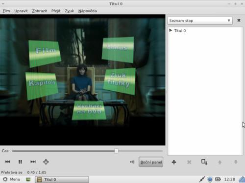 Přehrávání DVD není podmíněno doinstalováním dalších balíčků, funguje hned