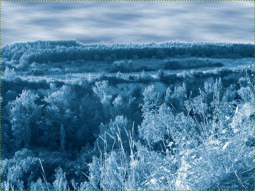 Obrázek po úpravě tónové křivky vrstvy Krajina