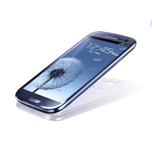 Samsung Galaxy S III v modré variantě