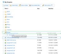 Webové rozhraní Dropboxu je jednoduché, ale umí i pokročilé věci jako  drag'n'drop