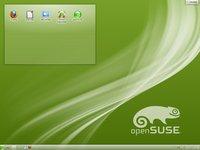 Výchozí vzhled plochy openSUSE 12.1 těsně po instalaci