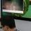 Jedno z mála miest v Red Hate, kde bolo možné vidieť operačný systém z Redmondu. Aj keď len virtuálne. Video však prehrával pekn